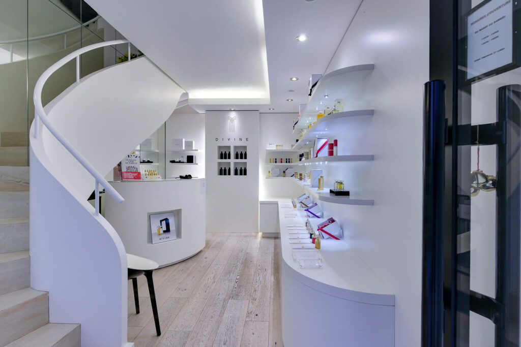Boutique Parfum Divine Nantes2