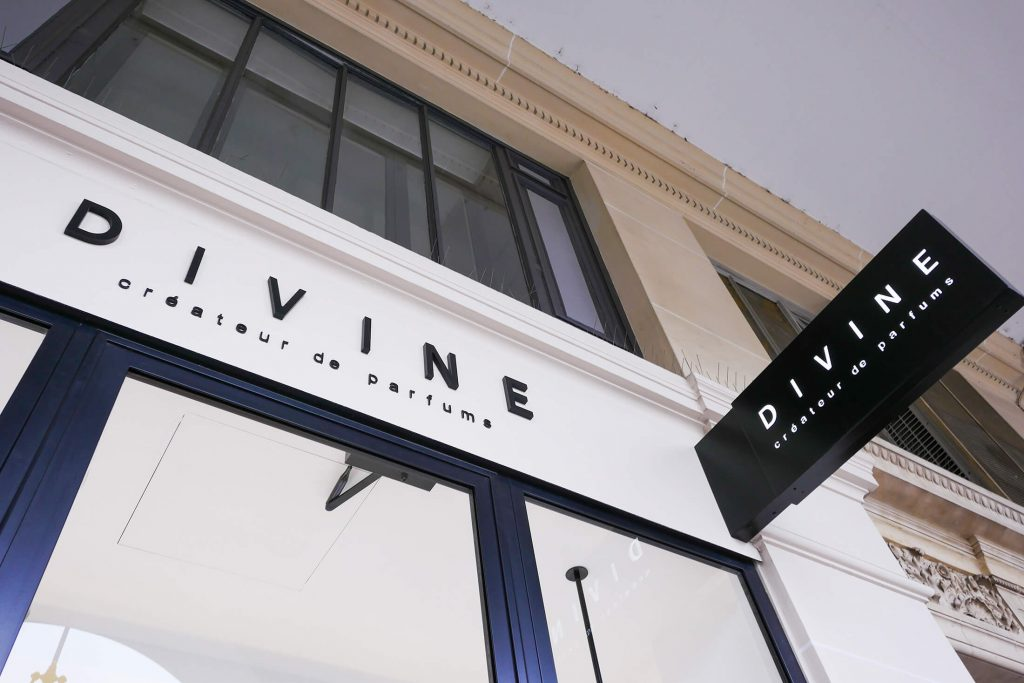 boutique divine france et international
